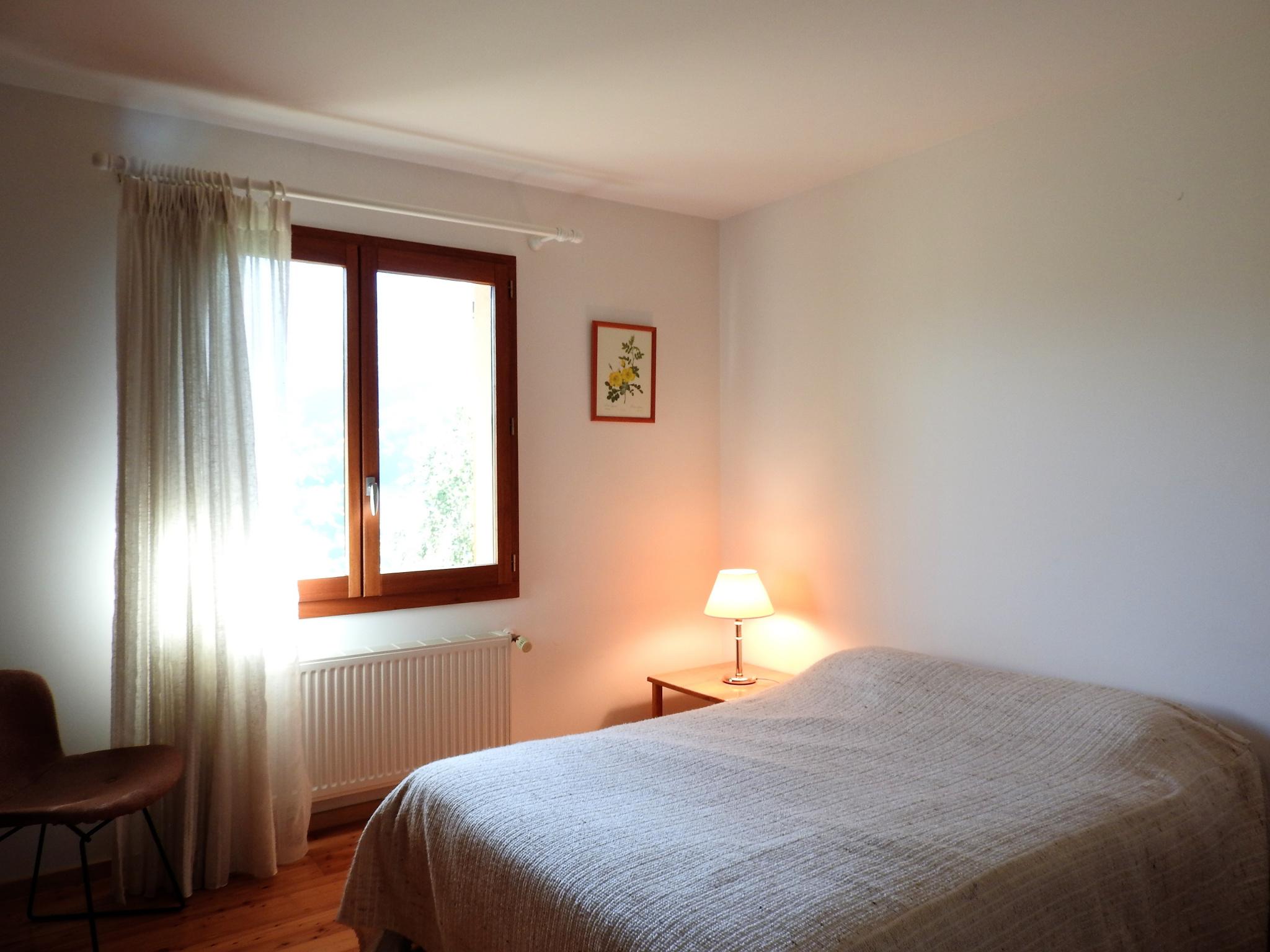 Chambre lit 140cm